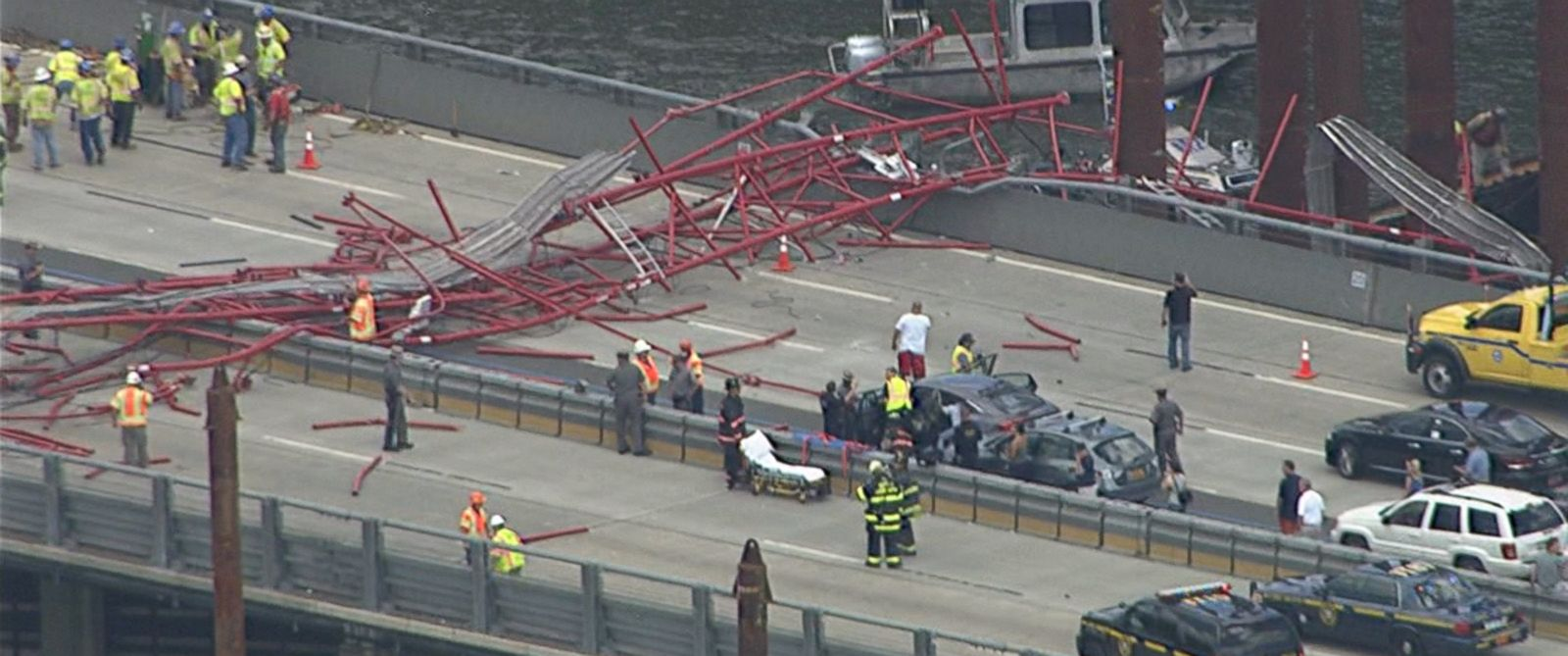 wabc_tappan_zee_bridge_crane_collapse_jc_160719_31x13_1600