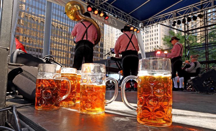 redeye-chicago-oktoberfest-and-fall-craft-beer-events-2015-20150918