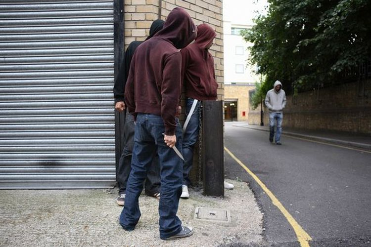 Hoodies-with-a-knife