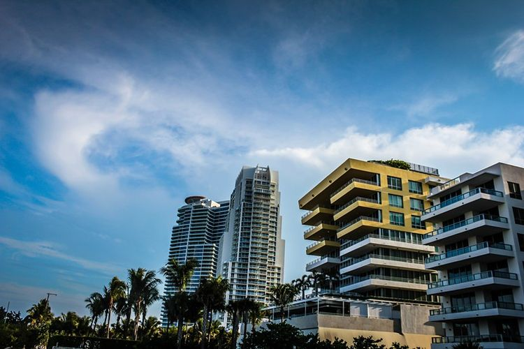 miami-beach-skyline-condos