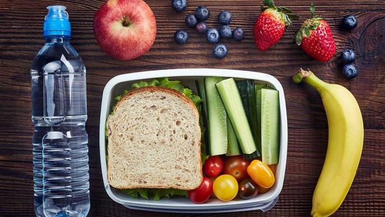 healthy+lunch+shutterstock_568229575