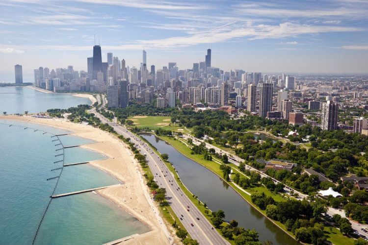 p-CC-chicago-beachfront_54_990x660_201404252111