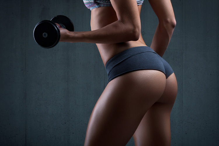 Perfect-Fitness-Girl-Ass-Body-in-Shorts-Wallpaper