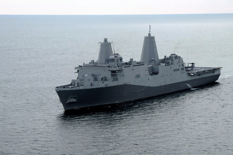 USS_New_York_(LPD-21)_1