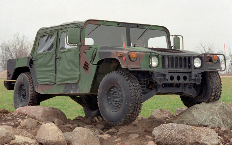 AM-General-Humvee-front-three-quarters-view1