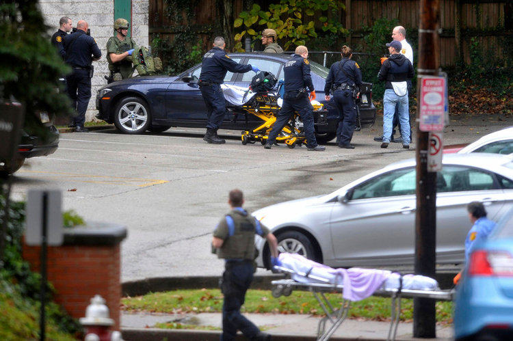 a9530e24-6a51-4bf2-b652-333c1003257b-AP_Shooting_at_Tree_of_Life_Synagogue_in_Pittsburgh